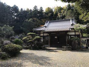 長照寺(ちょうしょうじ)は千葉県君津市のお寺です。